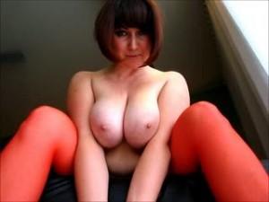 fetisch video mit roxanaxrated – TITTEN BONDAGE - reloaded